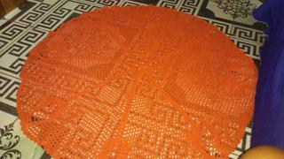 Tapete De Crochê E Uma Rede De Crochê Pequena