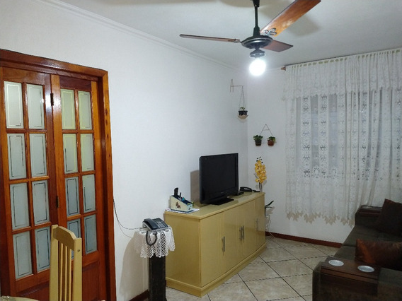 Apartamento Em Cavalhada Com 3 Dormitórios - Lu429089