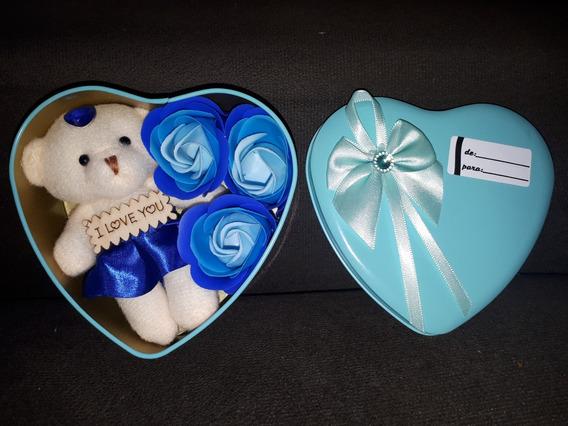 Ursinho Pelúcia Azul Caixinha Coração Pétala Perfumada