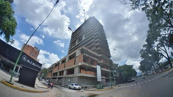 Edificio En Venta En Valencia Avenida Bolivar 19-18882 Jlav