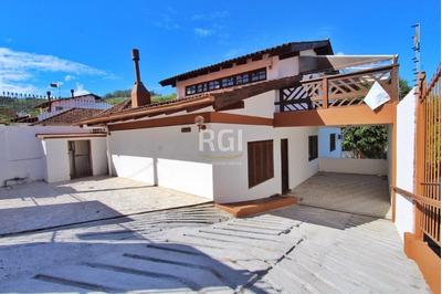 Casa Em Teresópolis Com 4 Dormitórios - Bt8001