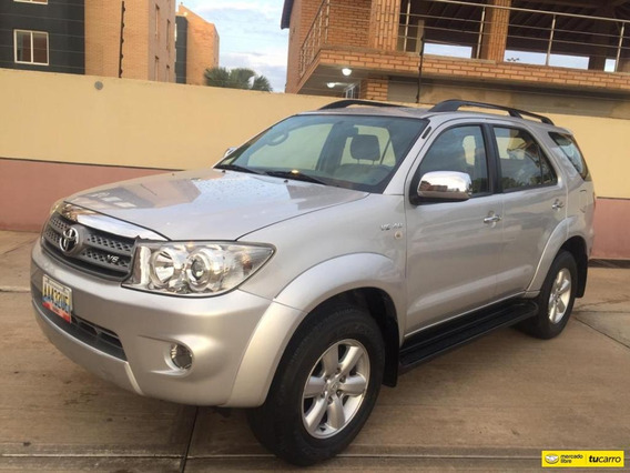 Toyota Fortuner 4x4/ Automática