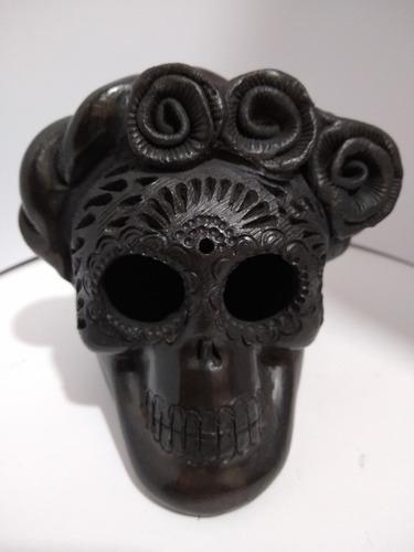 Imagen 1 de 3 de Cráneo De Barro Negro Oaxaca 100% Artesanal