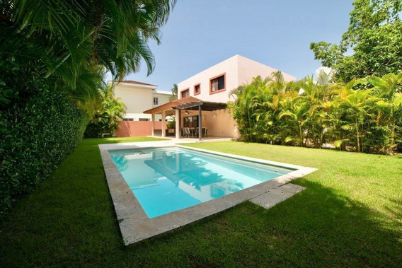 Casas En Punta Cana - The Village