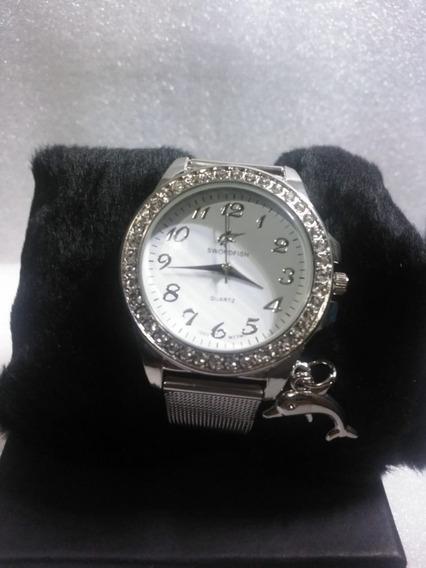 Relógio Feminino Swordfish Com Pingente De Golfinho De Luxo.