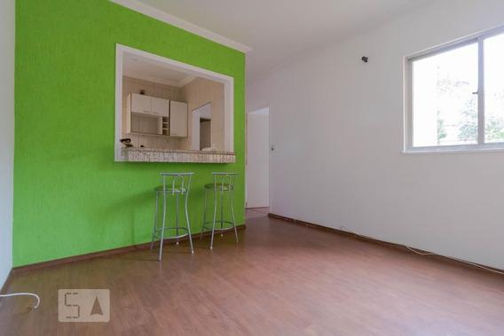 Apartamento No 1º Andar Com 2 Dormitórios E 1 Garagem - Id: 892950601 - 250601