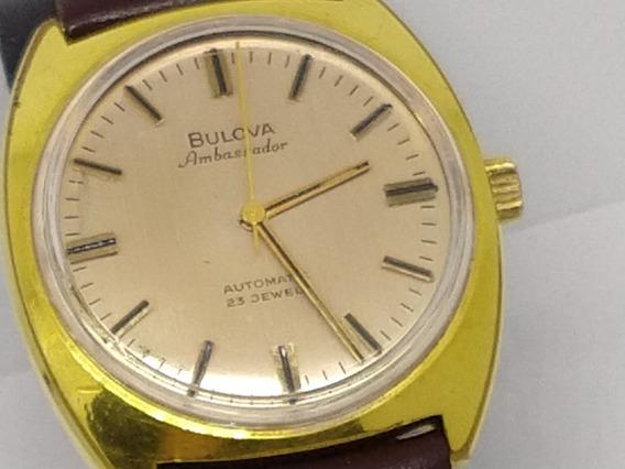 Relógio Bulova Em Aço E Detalhes Banhados A Ouro