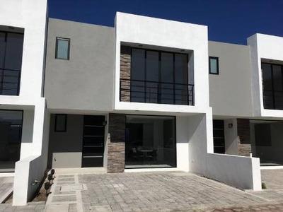 Casa Sola En Venta Casa En Venta En Conjunto Privado En San Pedro Cholula