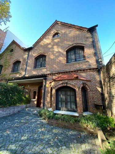 Casa En Venta 4 Dormitorios Con Jardín Y Parrilla - Martínez - Cercano A La Estación
