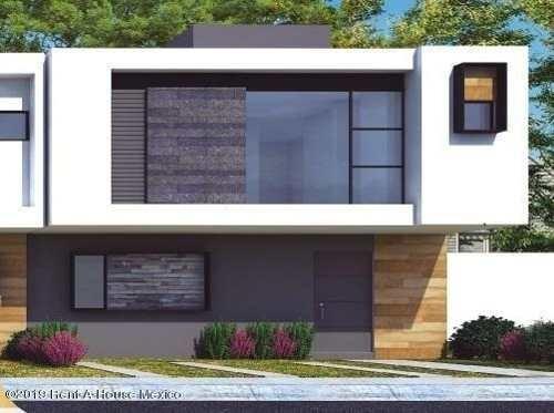 Casa En Venta En Zakia, El Marques, Rah-mx-20-612