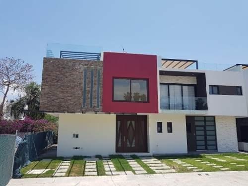 Casa Residencial En Coto Privado En Nuevo Vallarta Con Muelle