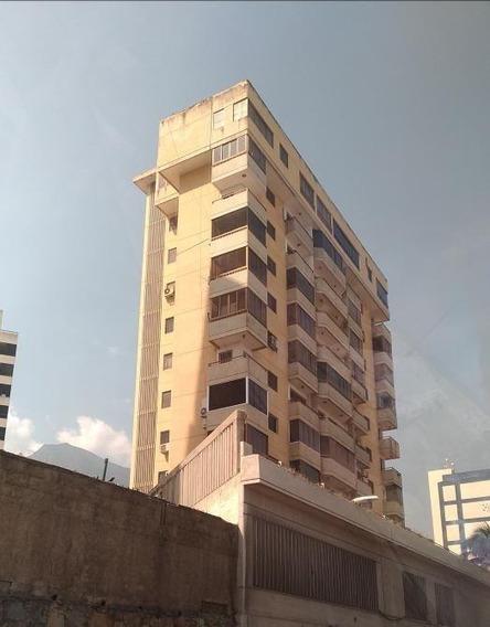 Apartamentos En Venta Mls # 20-20761