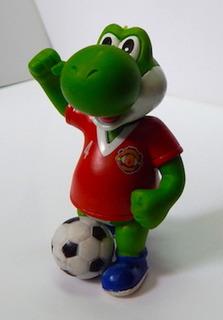 Mario Bros Gashapon Yoshi Festejando Manchester United Mu