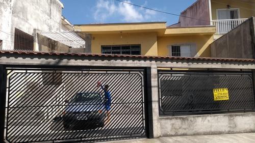 Ampla Casa Térrea, 3 Dorms, 4 Vagas - Fl33