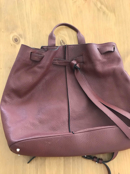 Cartera Prune Color Bordo. Excelente Estado!