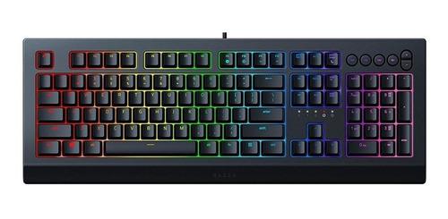 Imagen 1 de 3 de Teclado gamer Razer Cynosa V2 QWERTY español color negro con luz RGB