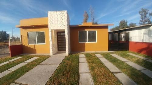 Venta Casa Nueva De Una Planta En Fraccionamiento Los Cantaros