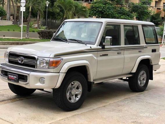 Toyota Land Cruiser Lx 4.0