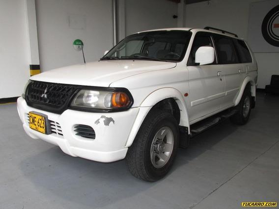 Mitsubishi Nativa Gls