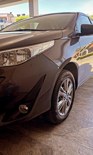 Toyota Yaris Yaris Xs