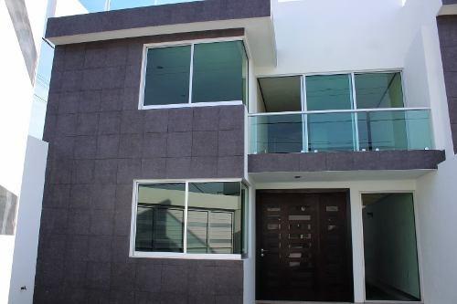 Casa En Pre-venta Arboledas De Loma Bella