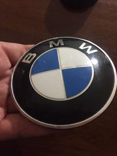 Bmw Emblema 82mm Original (usada Con Pequeño Detalle)