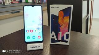 Samsung Galaxy A10 Con Forro De Regalo. Tienda Física