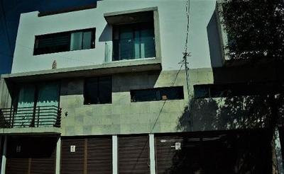 Casa En Renta Cerca De Plaza Universidad