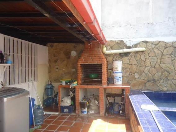 Casa En Venta Cabudare Lara 20-2237 Rr