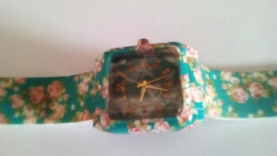 Relógios Femininos Pulseiras De Silicones Metalizadas