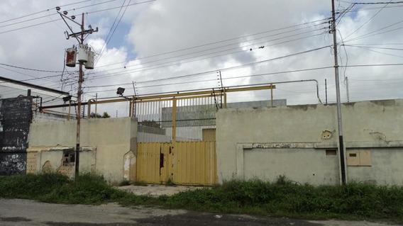 Galpon En Venta Zona Industrial Barquisimeto Lara 20-7543