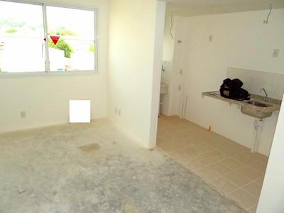 Apartamento Em Cristal Com 2 Dormitórios - Li260358