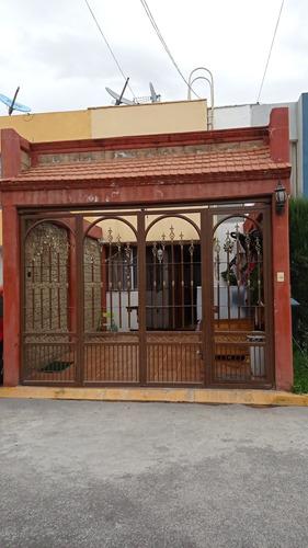 Imagen 1 de 19 de Venta De Casa En Las Huertas De Chalco