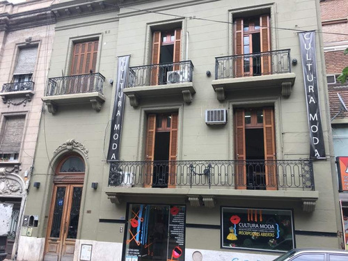 Casona En Venta En El Centro De Córdoba. Con Renta