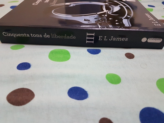 Livro Cinquenta Tons De Cinza De Liberdade De E.l.james