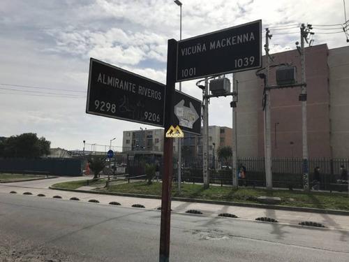 Imagen 1 de 15 de Vicuña Mackenna Con Almirante Riveros, La Cisterna