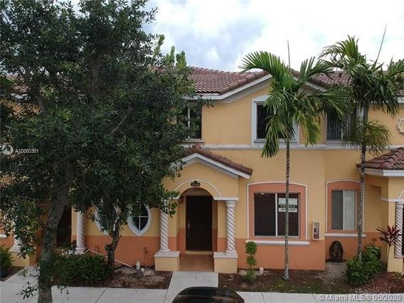 Casa Adosada Al Sur De Miami
