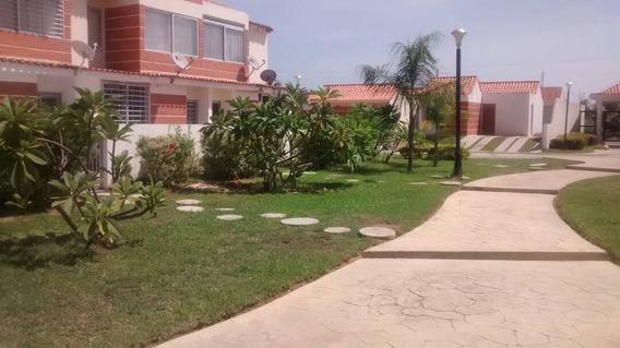 Oportunidad De Apartamento- Quinta En Tucacas