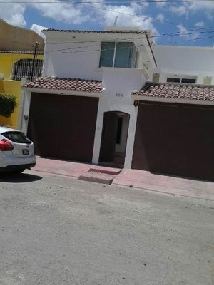 Casa En Renta En Fracc. La Gloria