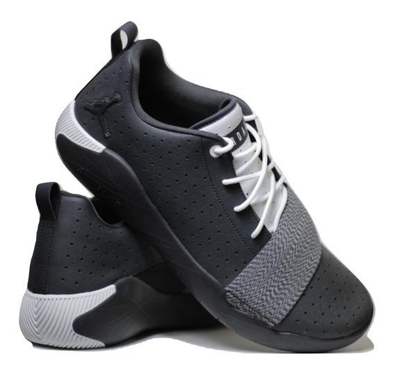 Tênis Nike Air Jordan 23 Breakout - Basquete