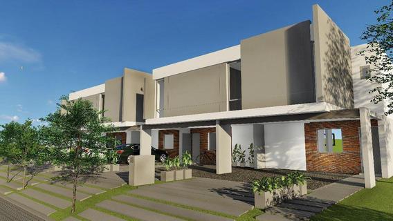 Duplex En Barrio Cerrado La Calandria. Rebajada De U$d165.000 A U$d150.000 Entrega Finales De Setiembre 2020