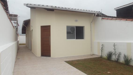 751 -casa Com 77 M² , 2 Dormitórios Sendo 1 Suite 3 Banheiro