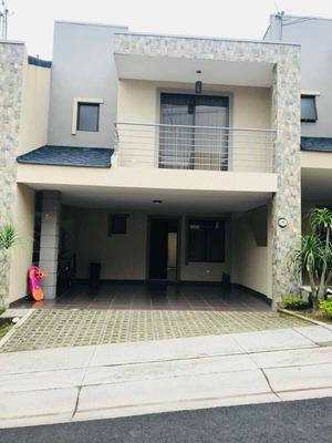 Alquilo Casa En Condominio En El Carmen De Guadalupe