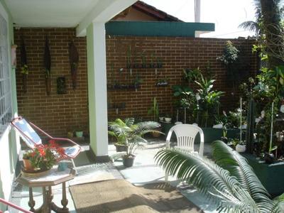 Casa Isolada 2 Qtos/suite+edic 1 Qto/sala/wc 8 Gar R$ 335.