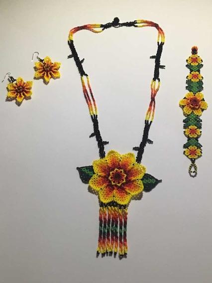 Juego De Collar, Aretes Y Pulsera De Chaquiras. Arte Huichol