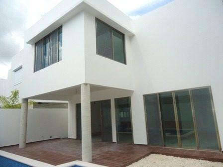 Hermosa Casa En Renta Cumbres