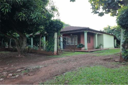 Vendo Casa Con Una Hectárea En Fram: 3 Habitaciones Y 1 Baño