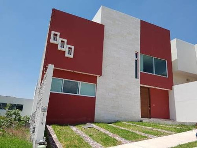 Casa Sola En Renta Porta Toscana