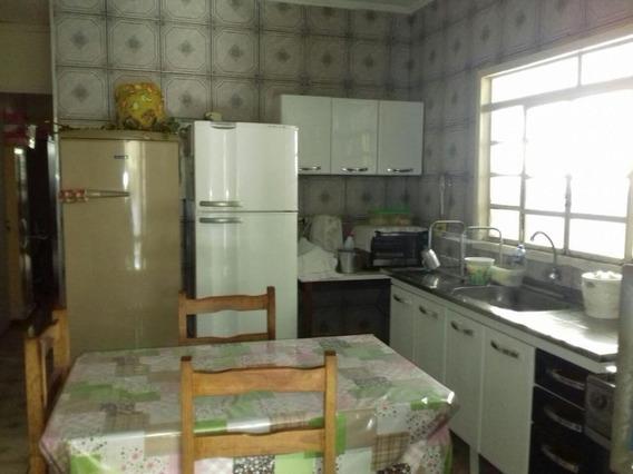 Casa Em Vila Aeronáutica, Araçatuba/sp De 150m² 3 Quartos À Venda Por R$ 160.000,00 - Ca82047