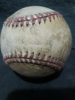 Antigua Pelota De Béisbol De Piel